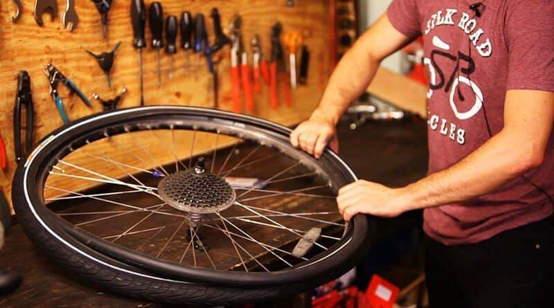 How to change bike flat tire and tube