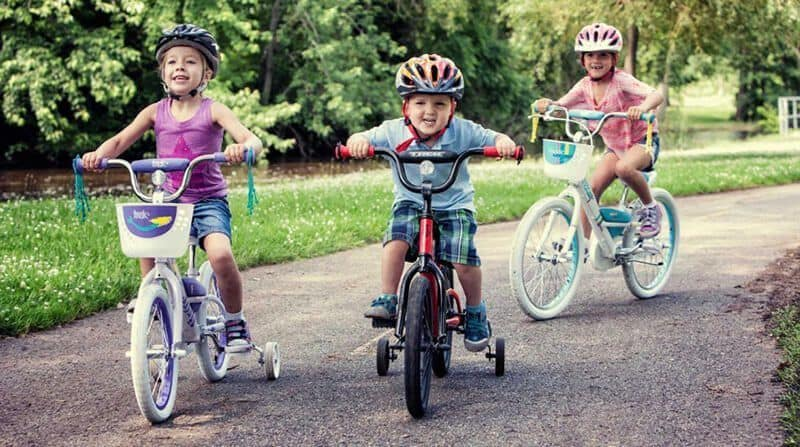 Kids are riding best bikes for 4 year old